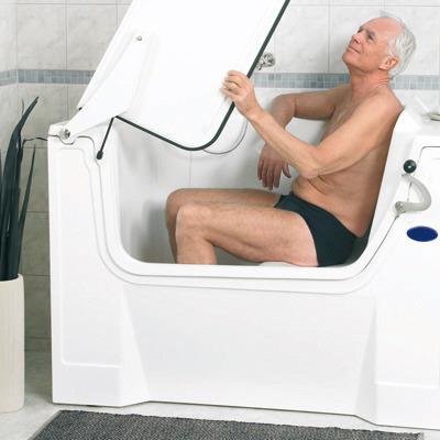 sitzbadewanne behindertenbadewanne rollstuhl badewanne liegebadewanne mit t r sanolux gmbh. Black Bedroom Furniture Sets. Home Design Ideas